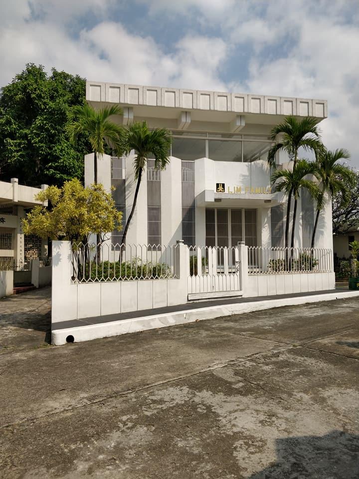 Miami Vice Aka. Chinese Cemetery a Manila