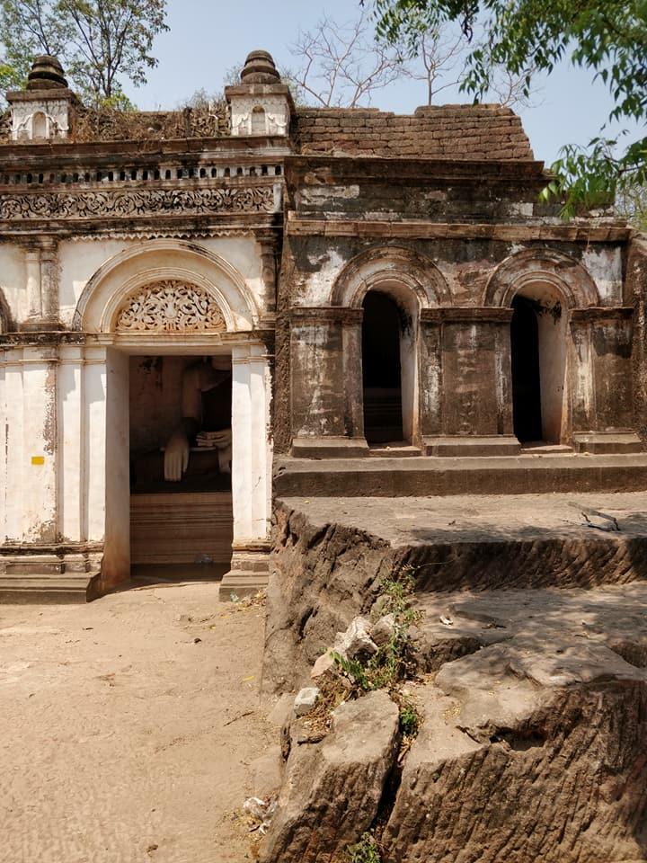 grotte a Powintaung in Myanmar