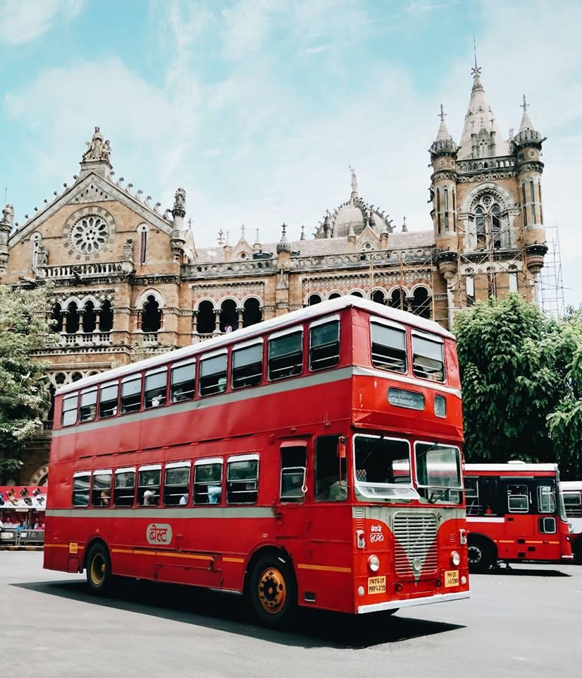 Gli iconici bus a due piani di Mumbai