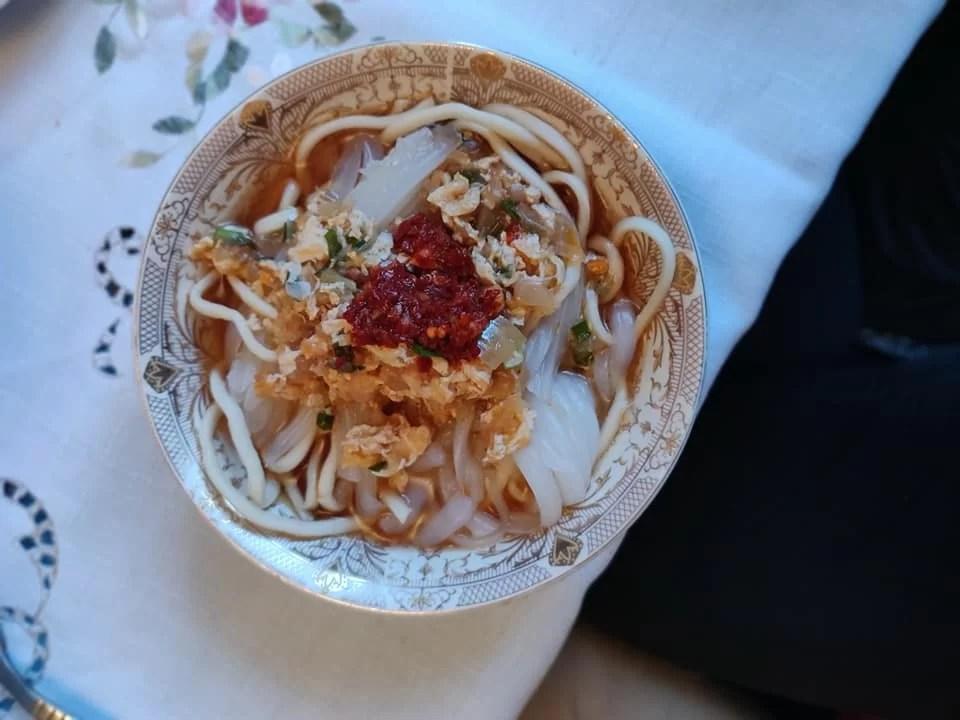 ashlian-fu, piatto tipico della tradizione dungan a Karakol