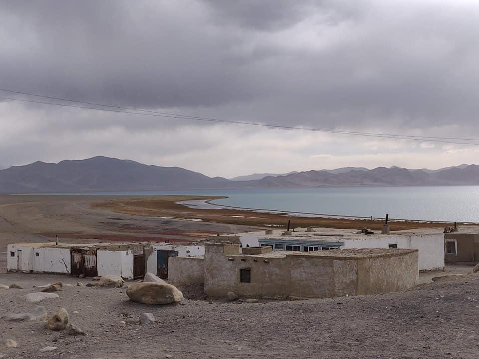 Il lago di Karakul nel Pamir