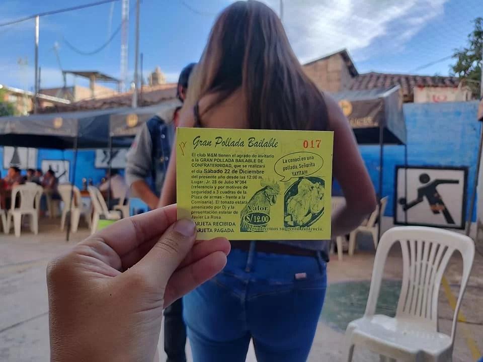 il biglietto da visita della Gran Pollada Bailable ad Ayacucho