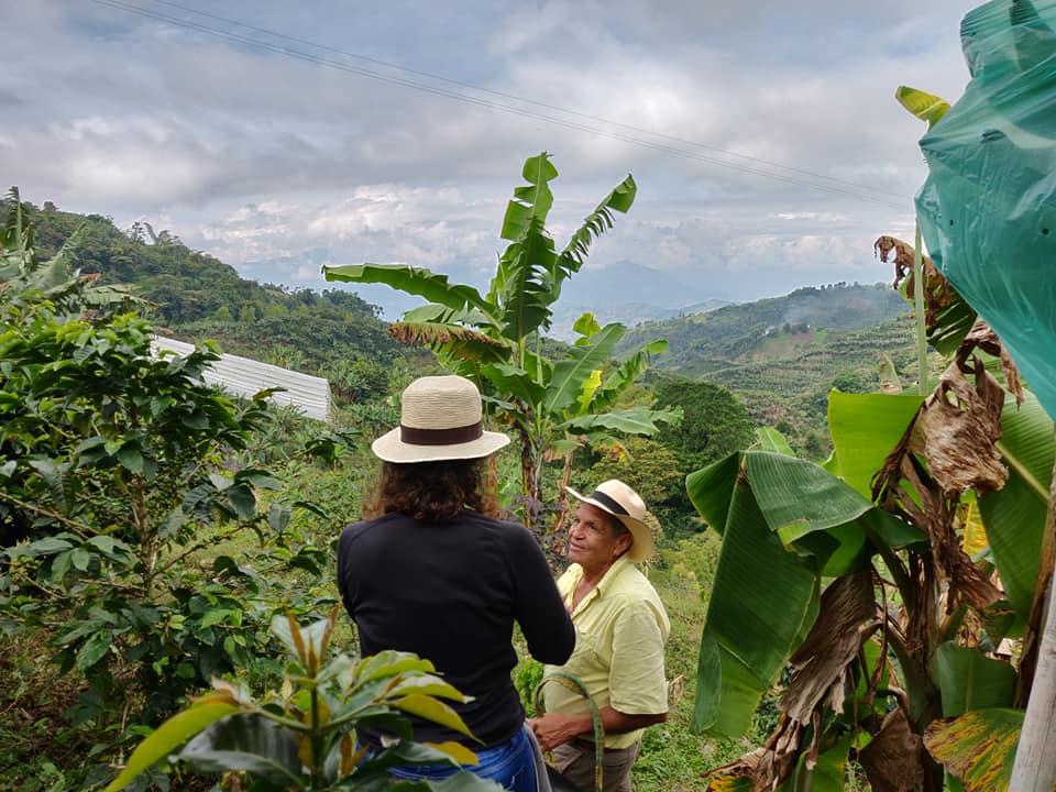 Nella finca di Don Reinaldo vicino Aguadas dove abbiamo avuto modo di apprezzare e conoscere le coltivazioni di caffè