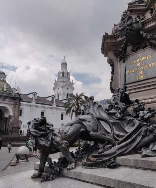 La plaza grande a Quito in Ecuador