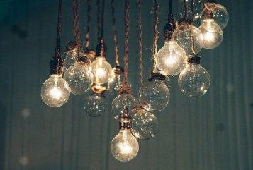 light-lightbulb-lightbulbs-photography-string-Favim.com-284841