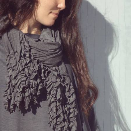 twitter-curly-q-scarf