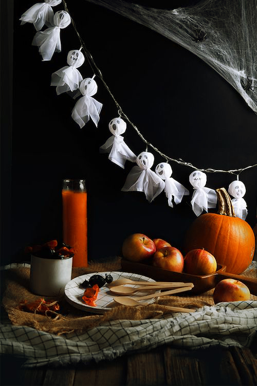DIY Ghost String Halloween Decorations