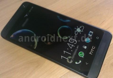 HTC Mini de face