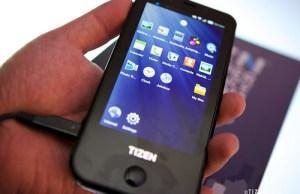 premier smartphone Tizen