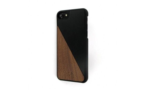 coque-iphone-7-bois-aluminum-noisetier