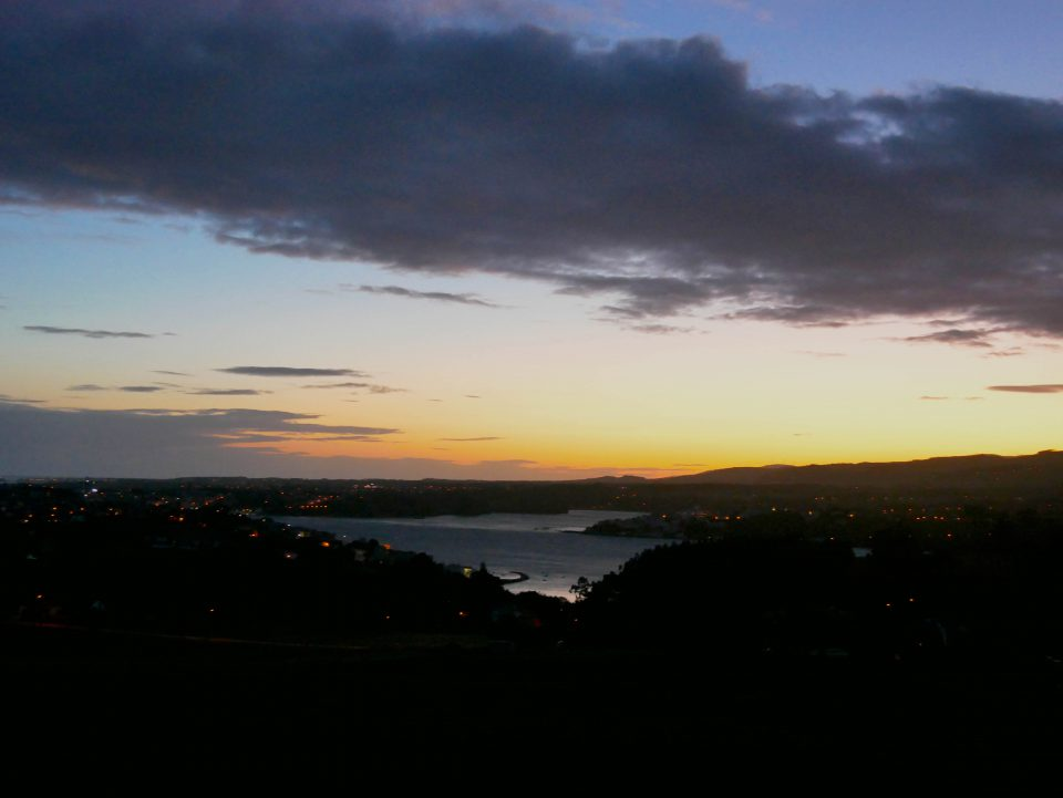 zonsopgang over Ribadeo tijdens de Camino del Northe