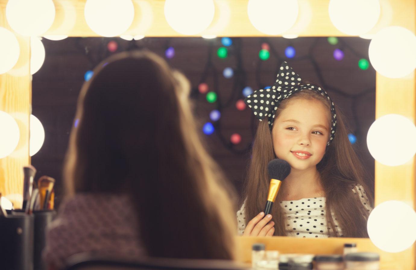foster to adopt AZ children gains celebrity support