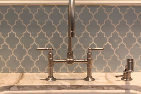 Arabesque back splash