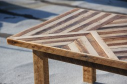 reclaimed_wood_pattern_table
