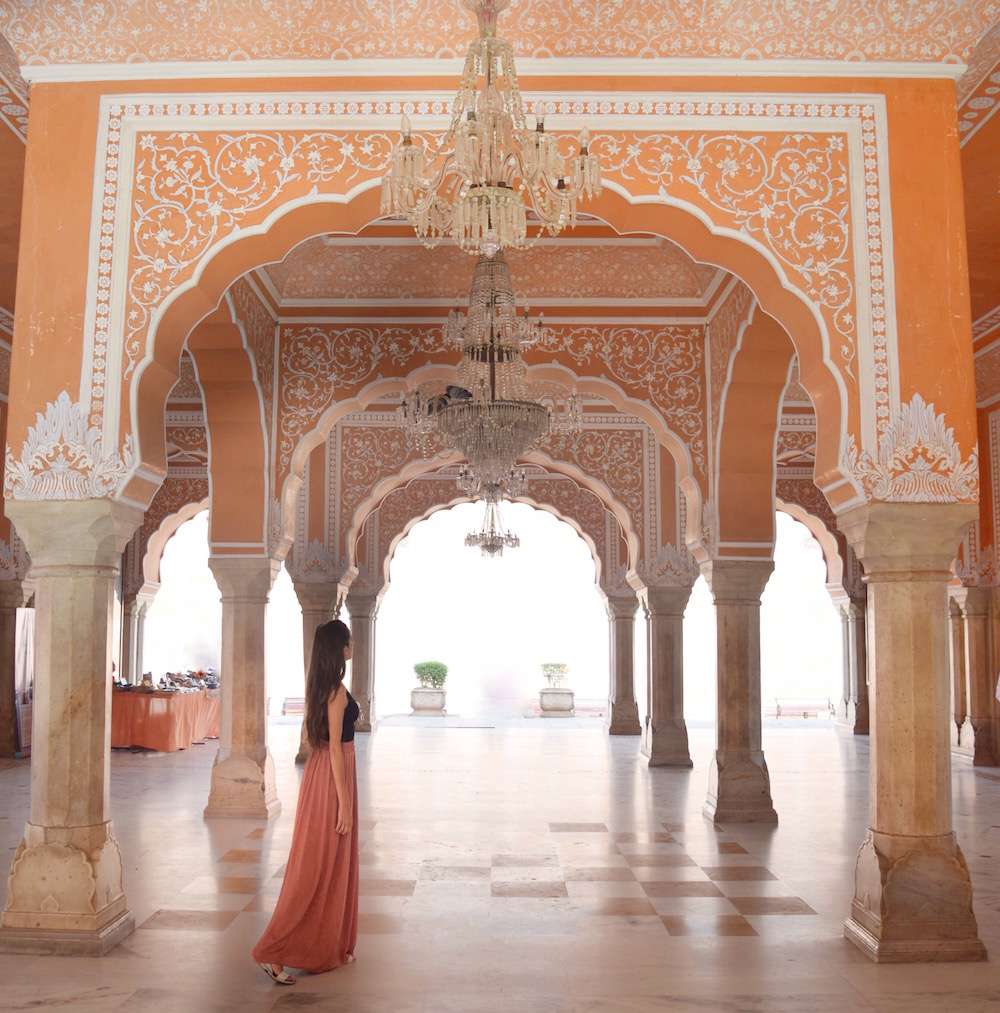 city-palace-chandelier