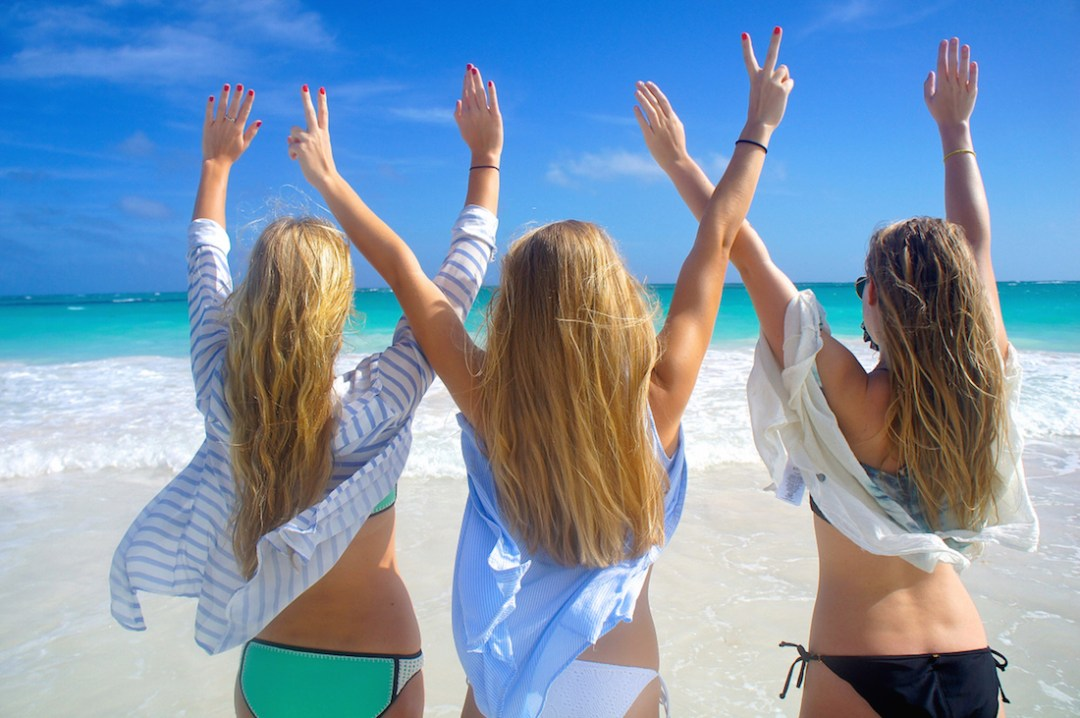 Harbour-Island-we-are-travel-girls