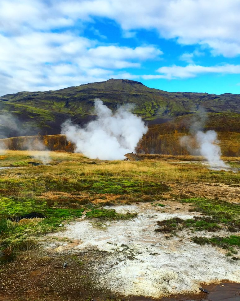 ICELAND- A 3 DAY ITINIERARY IN THE LAND OF FIRE AND ICE tour-iceland-3