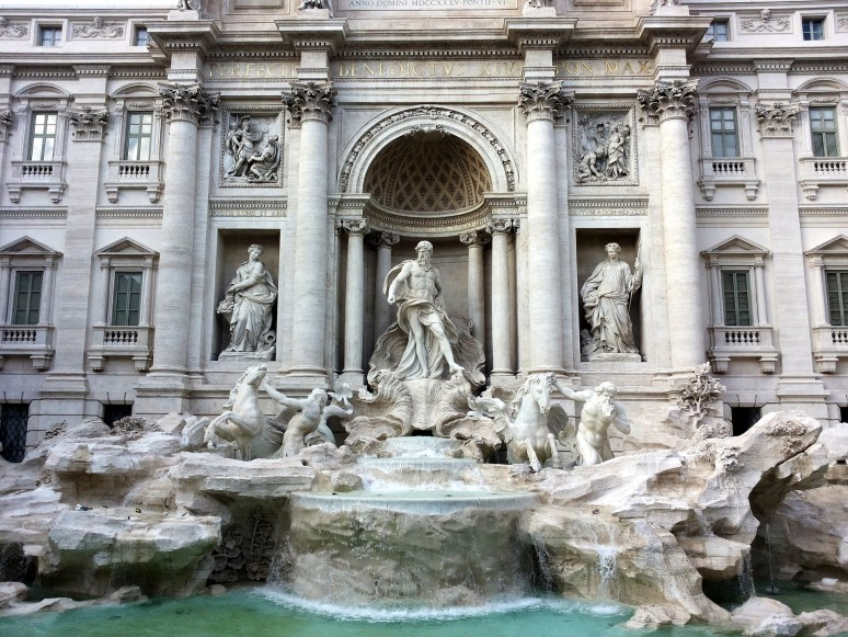 HOW TO DO ROME IN 1 DAY ON A BUDGET trevi fountain