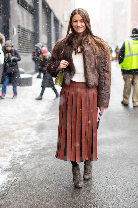 amanda-weiner-pleated-leather-skirt-leather-midi-skirt-carwash-pleates-fur-bomber-jacket-ankle-booties-winter-work-outfit-brown-winter-outfits-nyfw-street-style-2016-hbz