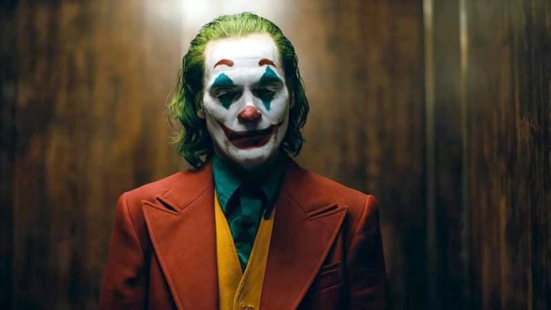 Oordeyl | Joker: Joaquin Phoenix lacht et lätste in kranksinnig verhaal *****