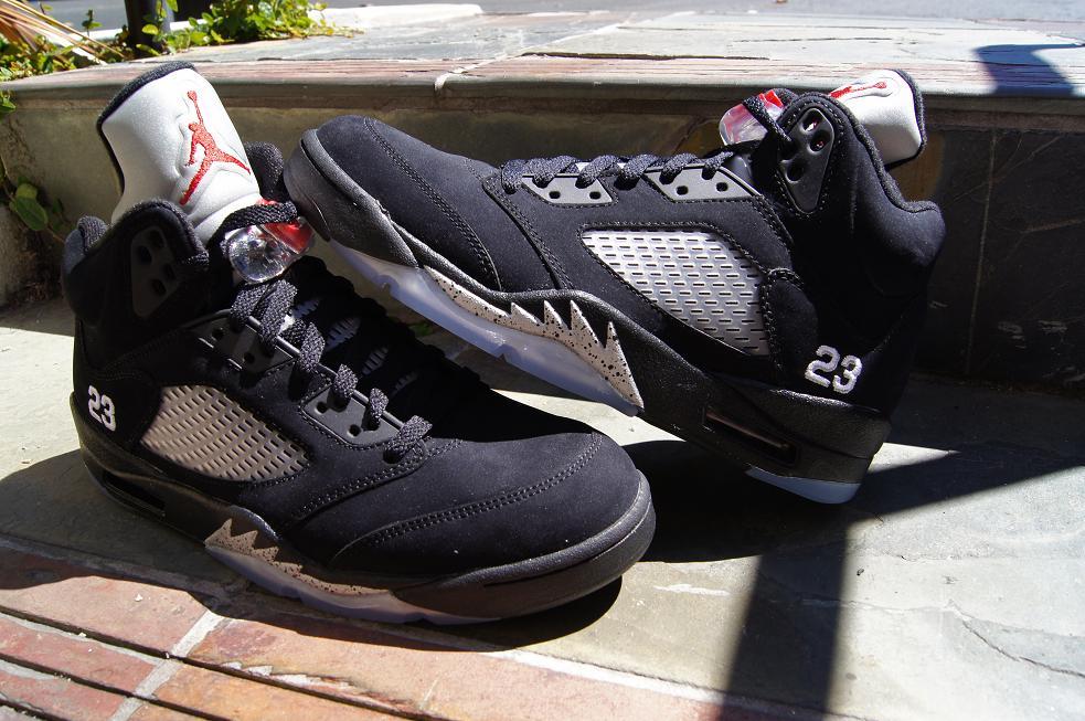 94bd1b8c285f New-Pickup-Air-Jordan-V-(5)-Retro-Black-Metallic-Silver-2 - WearTesters