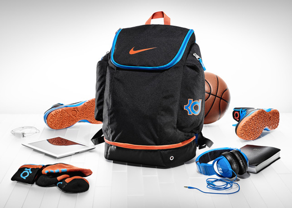 51c321db9a74 Inside Access  Kevin Durant s Backpack Revealed - WearTesters