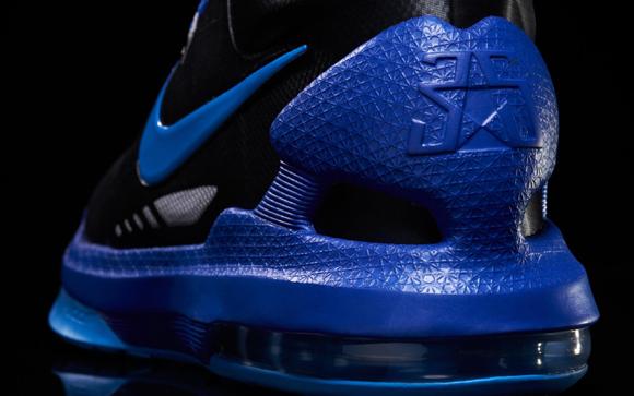 new concept 71c66 a577c Nike-KD-V-(5)-Black-Blue-Glow-