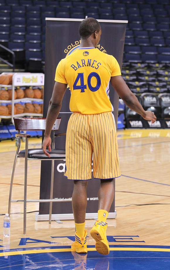 adidas- -the-Golden-State-Warriors-Debut-First-Ever-Modern-Short-Sleeve-NBA- Uniforms-Event-Recap-8 680e00d07