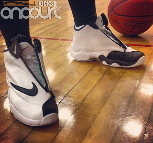 new product 01650 c3004 Performance Teaser  Nike Zoom Flight 98  The Glove  - WearTesters