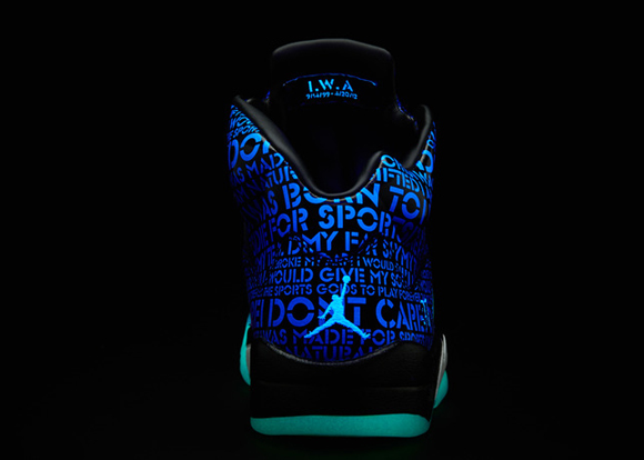 c8ce911824080 W Nike Studio Trainer 2 Print Nike LunarEpic Flyknit LB Black Pewter ...
