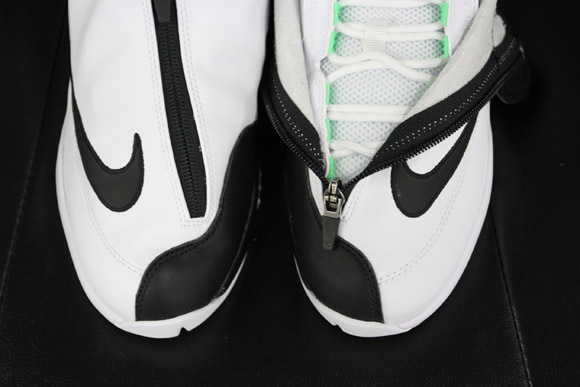 61a3f607a86a Nike Air Zoom Flight The Glove White Black – Poison Green – Detailed Look 4