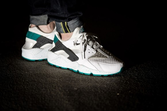newest collection 12571 72a6d Nike Air Huarache  Turbo Green  - WearTesters