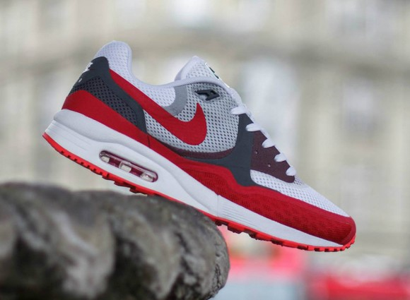 86edfd7572cf6 Nike Air Max Light Breathe  University Red  - WearTesters