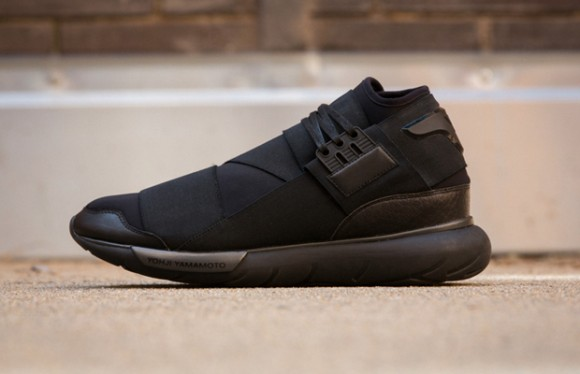 Y-3 Qasa High  All Black  - First Look - WearTesters cccce575d618