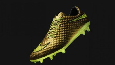 32a19617a04da ... Neymar Jr. and Nike Introduce a Special Edition Gold Hypervenom YouTube Nike  Roshe Run Hyperfuse Gold Trophy ...