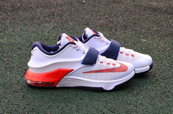 064114e8dc53 Nike KD VII  Independence Day  - Up Close   Personal 1 - WearTesters