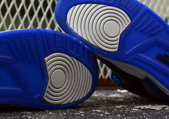 49011fb44e90 Air Jordan 3 Retro  Sport Blue  - Up Close   Personal - WearTesters