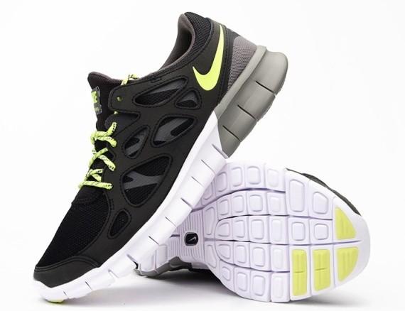 9af579b370ff Nike Free Run 2 EXT Black Volt 3 - WearTesters