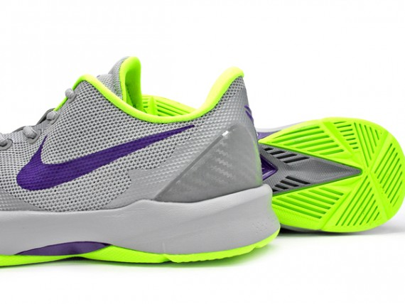 new concept b6321 c1dc6 ... Nike Zoom Kobe Venomenon 4 - Wolf Grey Court Purple Volt 3