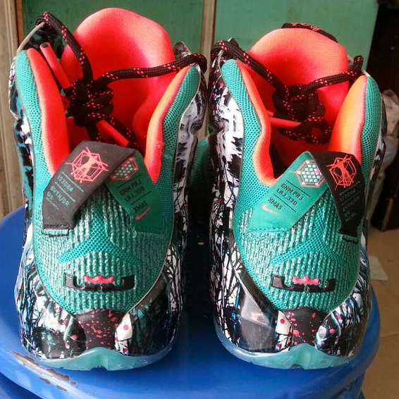 96cb291ed3bd discount code for the lebron 12 christmas 26d31 835fd