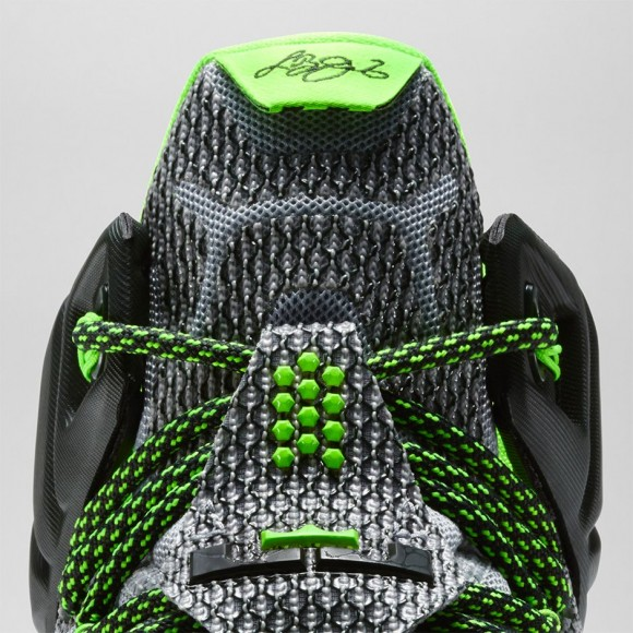 4be342b5356 ... uk nike lebron 12 dunk force official look release 2bb5d 44370