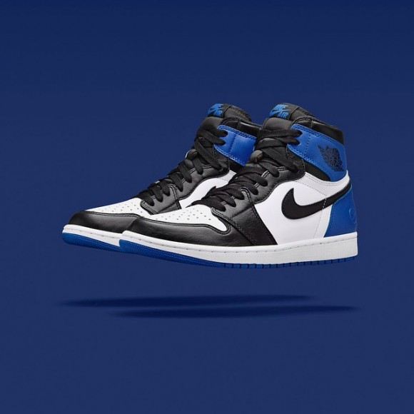 Air Jordan 1 x Fragment – Up Close & Personal5