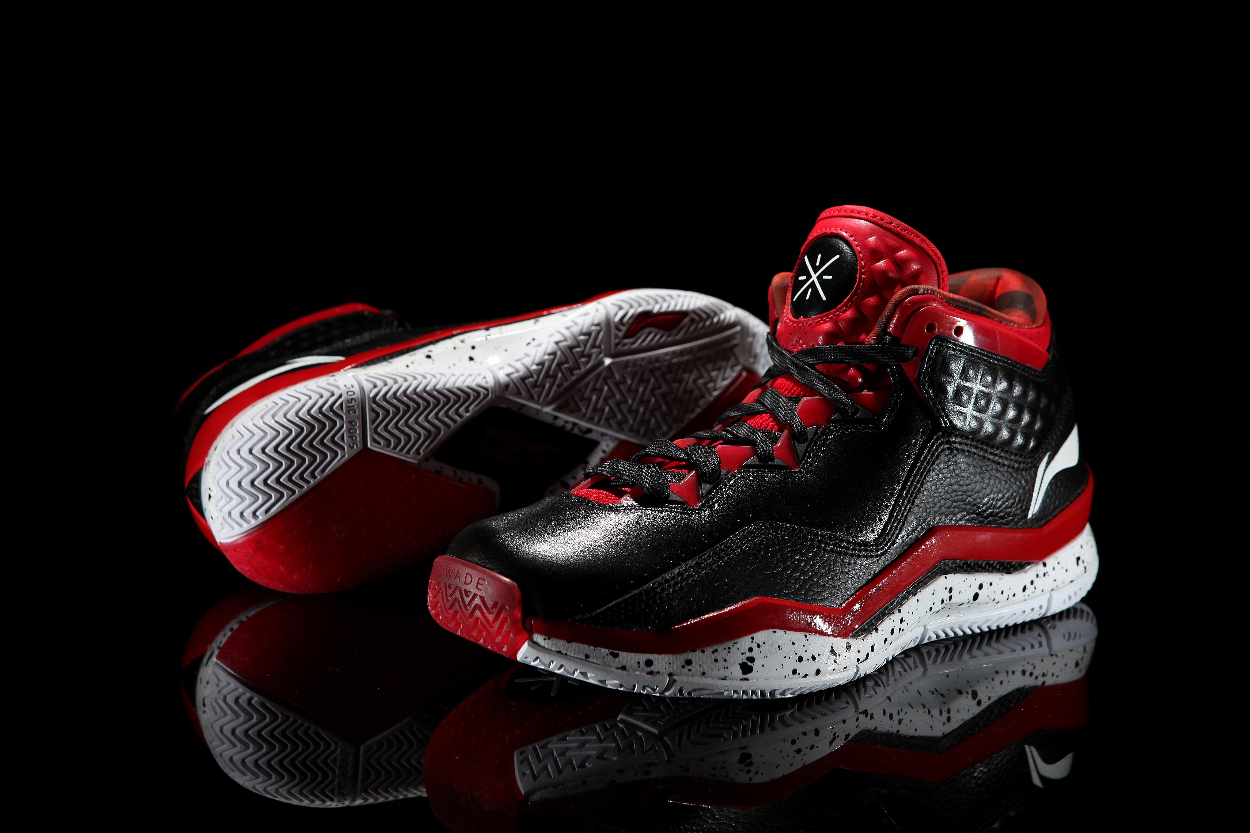D Wade Shoe Review