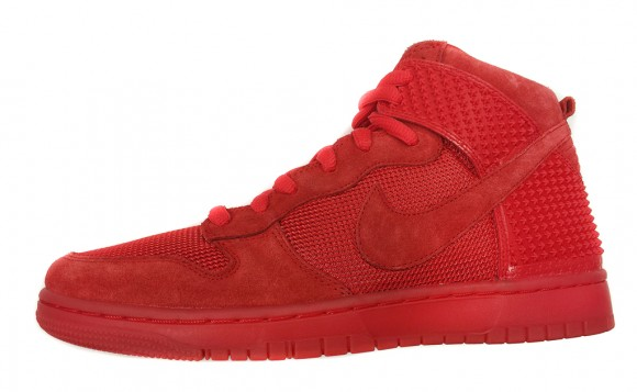 the best attitude 9b3a4 2de5a Nike Dunk High CMFT Premium QS  Red October