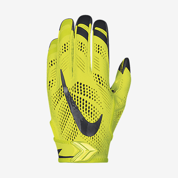 Nike Vapor Knit Football Gloves - Available Now - WearTesters 869837699c