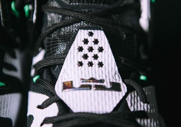Nike LeBron 12 'All-Star'2