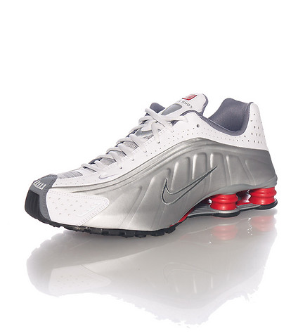 another chance 35efa 6bc7c The Original Nike Shox R4 Makes A Return to Retail 1