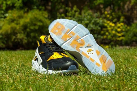 new product adf75 0105c Nike Air Huarache City Pack berlin