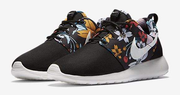finest selection b8d9e 13191 Nike Roshe One Print  Aloha  - Available Now - WearTesters