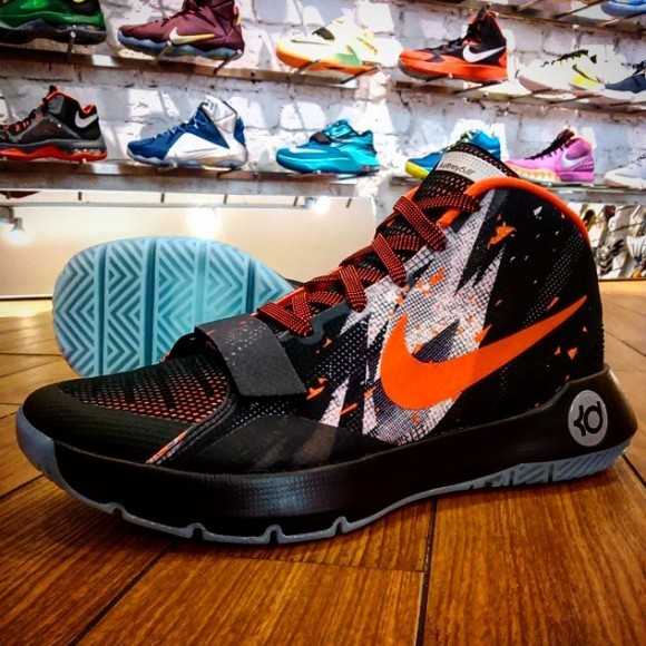 f7e9e8520a10b Nike Goes Hard With The Colorways For The Zoom KD Trey 5 III ...